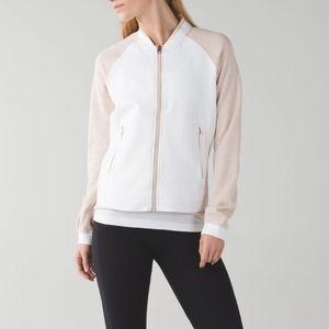 🏫 Lululemon Var-City jacket
